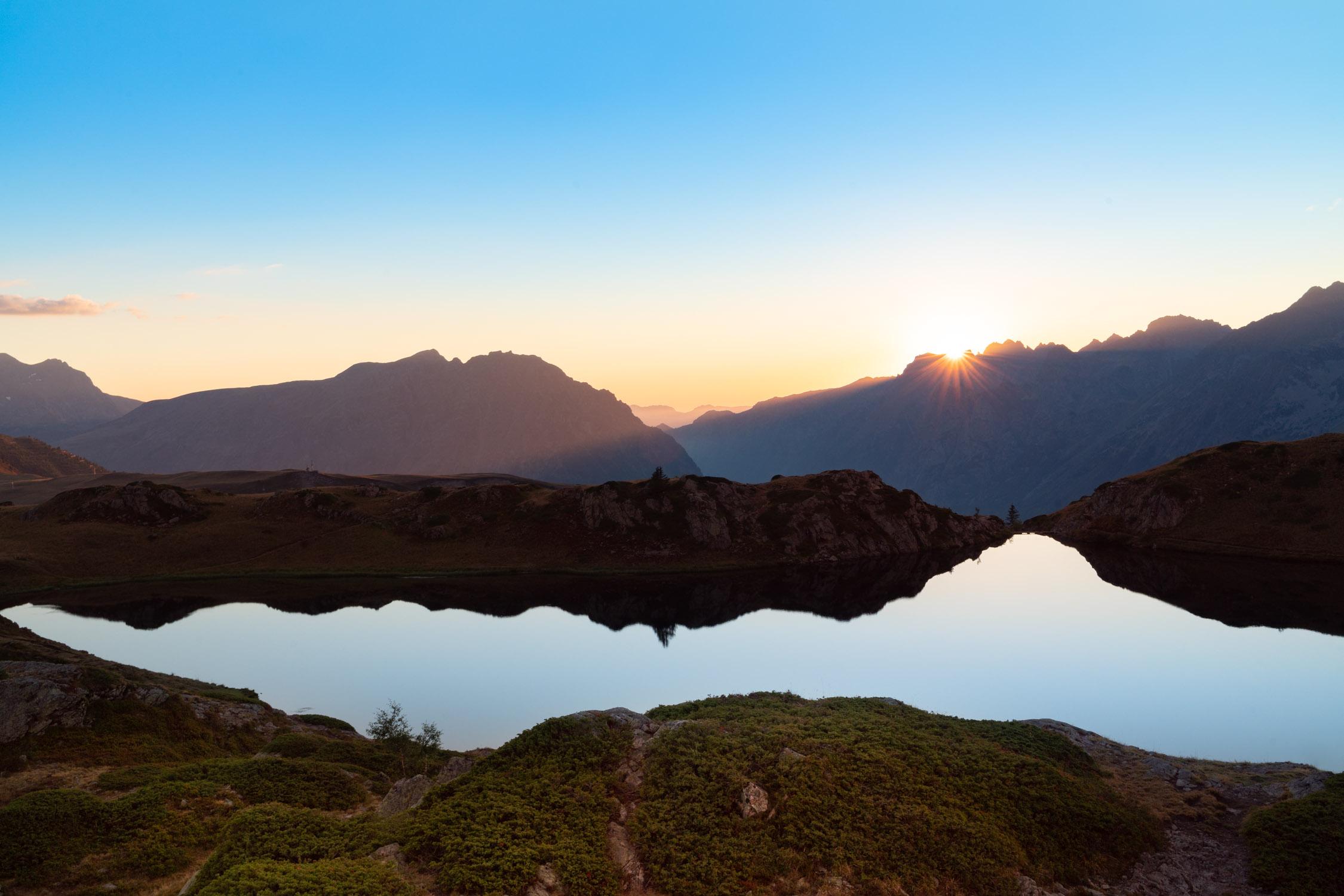 Zonsondergang in de bergen in lightroom bewerken